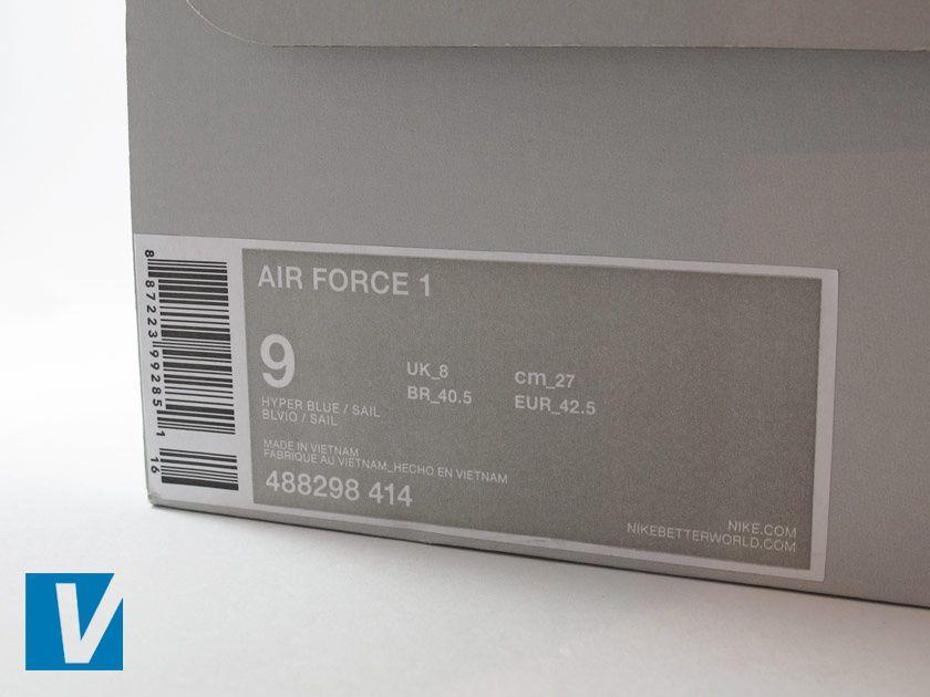 air force 1 con etichetta